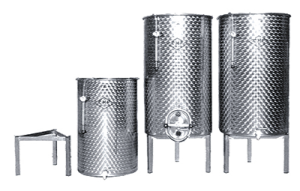 CYLINDRICAL VERTICAL TANKS WITH FLAT BOTTOM